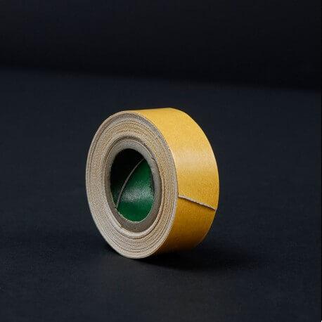 """Tape marrone """"Cloth"""" rotolino da 3 yard Larghezza 19 mm lunghezza 2,74 mt. Il tape e di tipo telato. Per pellicole e pr"""