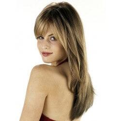 PARRUCCA MODELLO PAMELA Il modello Pamela con base in FULL-LACE con POLI , realizzata esclusivamente con capelli VERGINI